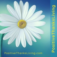PositiveThanksLiving - Be prompted to be more optimistic and thankful.